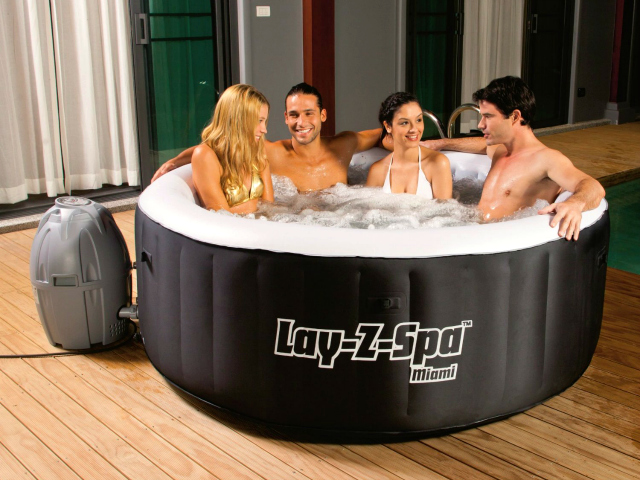 Bestway lay z spa miami now everyone can spa getdatgadget - Lay z spa miami ...