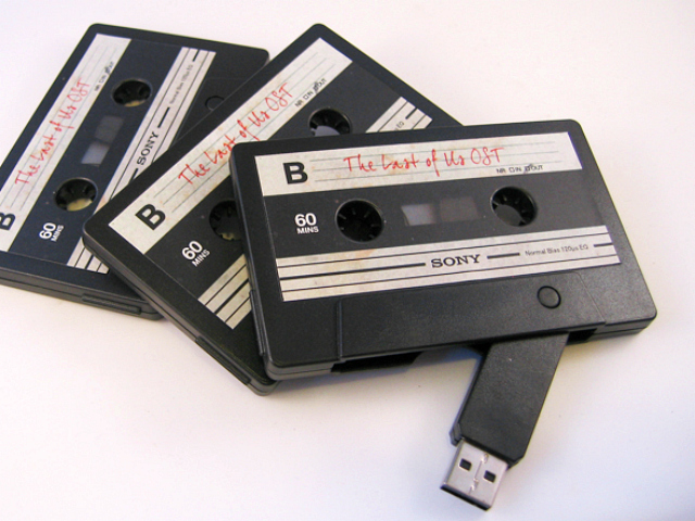 Cassette USB Flash Drive