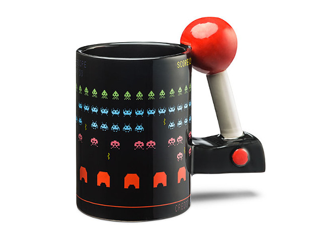 3d arcade mug scores highly with gaming crowd getdatgadget Top 10 coffee mugs