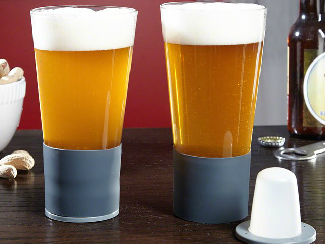 Self-Chilling Beer Glass