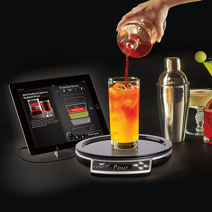 Perfect drink app controlled smart bartending makes the for App cocktail