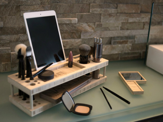 iSkelter Beauty Station