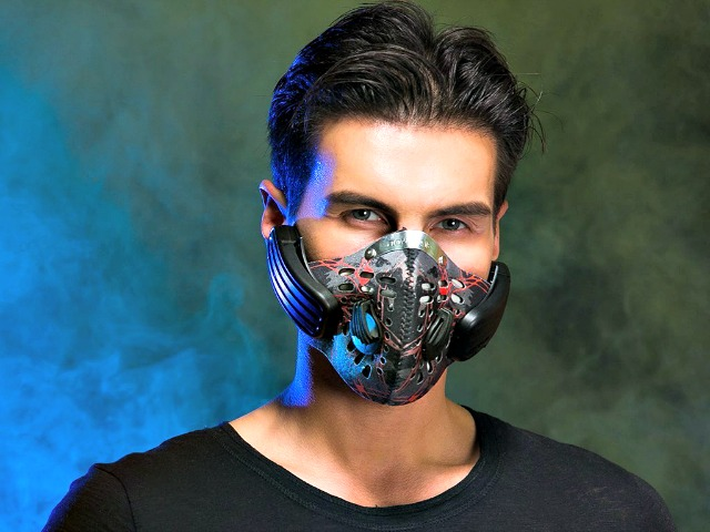 Digicare Lead Out Anti Pollution Mask With Bone Conduction