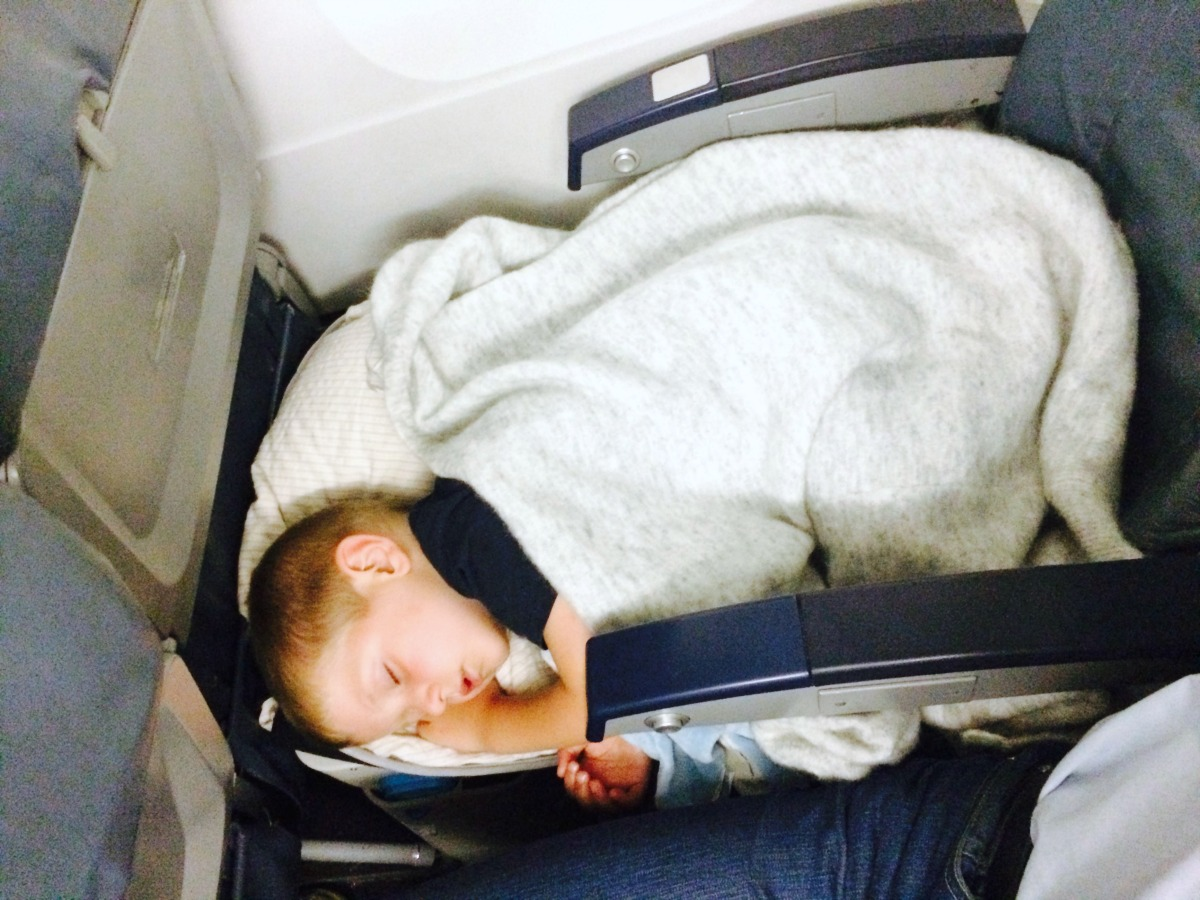 Baby bed airplane - Secondly When You Get On The Plane The Bedbox Doesn T Just Get Stuffed Into The Overhead Compartment With A Few Quick Adjustments You Can Transform It