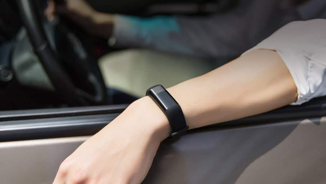 Amazfit Fitness Smartband Features Both Ecg And Heart Rate