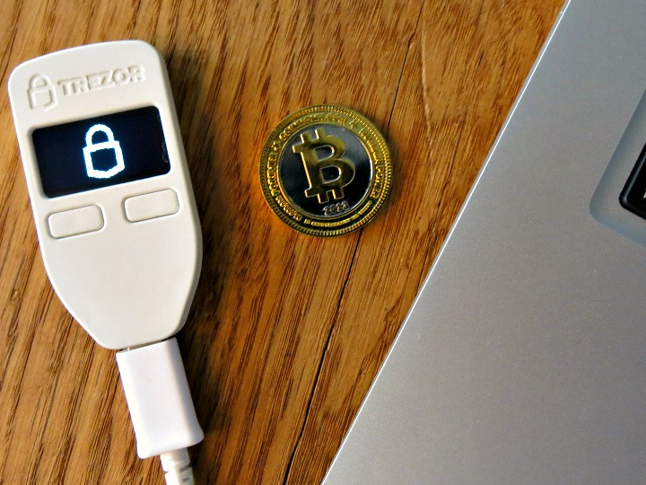 Keep Your Bitcoins Secure With Trezor The Hardware Bitcoin
